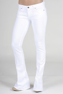 Fashion Etiquette: Wearing White Jeans