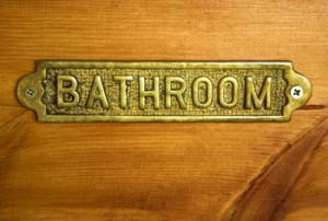 Restroom Etiquette: Reminders for the Guys by Diane Gottsman National Etiquette Expert and Modern Manners Authority