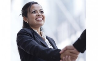 Ask the Etiquette Expert: Building Rapport With a New Boss