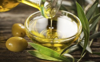 How to Host an Olive Oil Tasting Party
