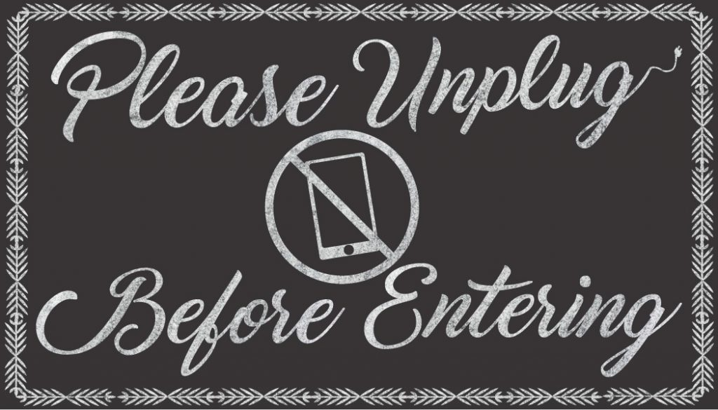 Unplugged Wedding Etiquette