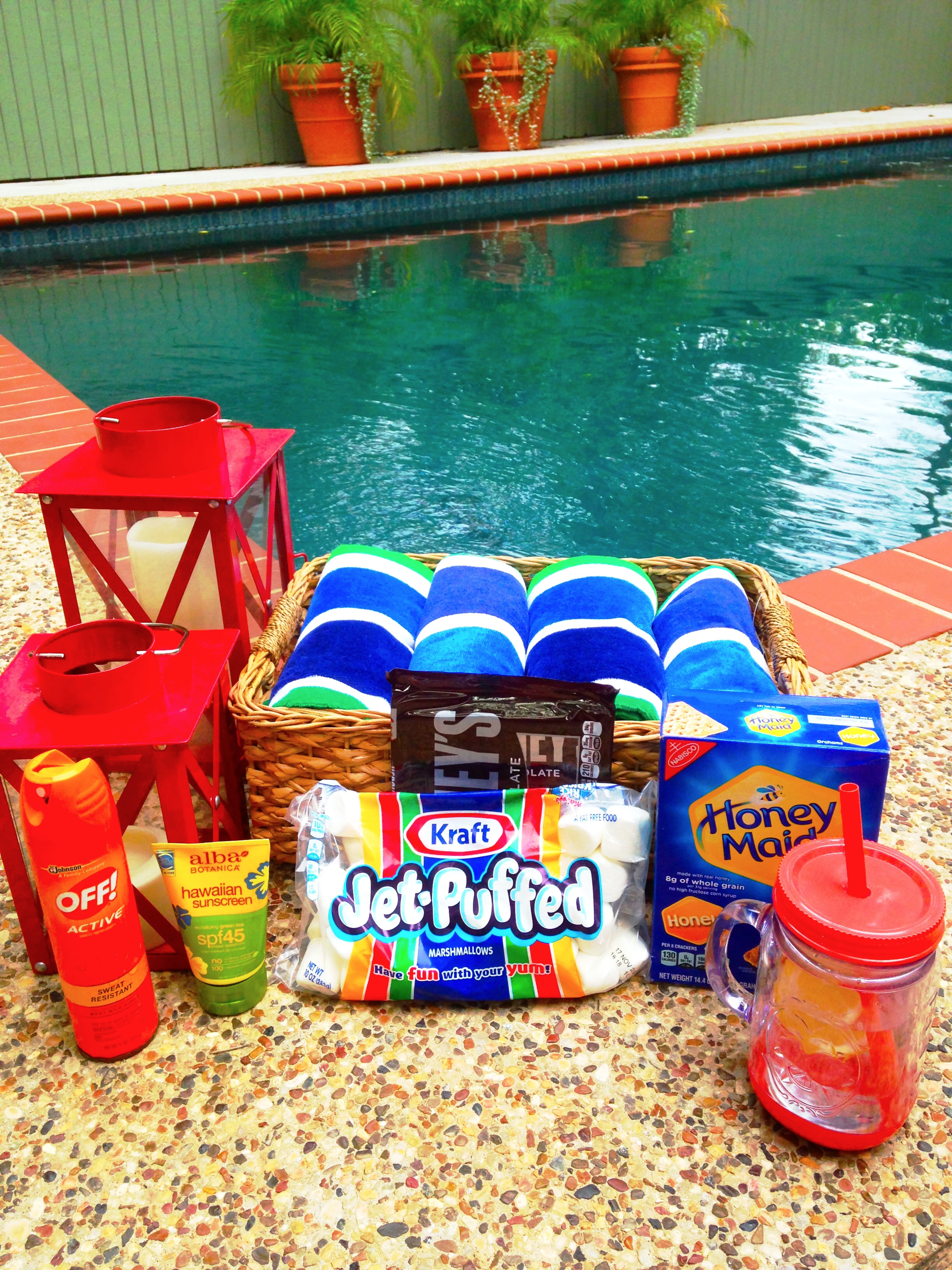 Party etiquette 8 festive 4th of july pool party ideas for 4th of july party ideas for adults
