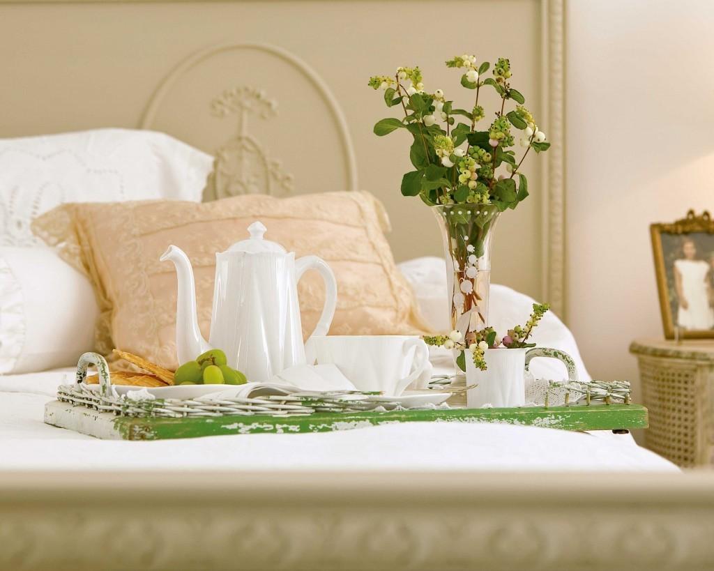 Airbnb Travel Etiquette Tips for the Host: Etiquette Expert