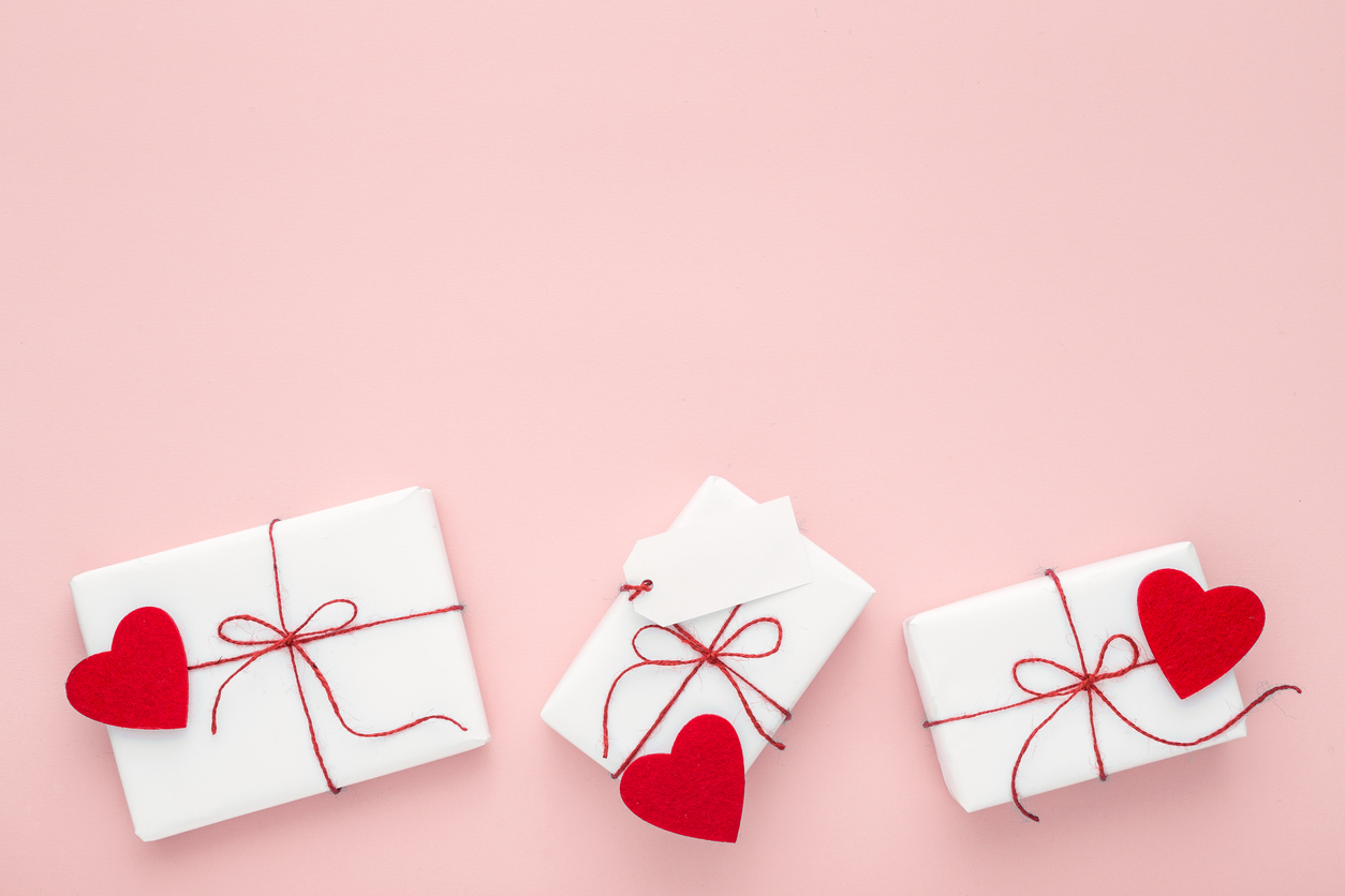 3 Valentine\'s Traditions That Are Always In Style | Etiquette Expert ...